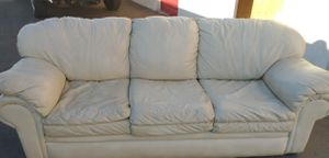 White leather couch FREE DELIVERY for Sale in Spring Valley, CA