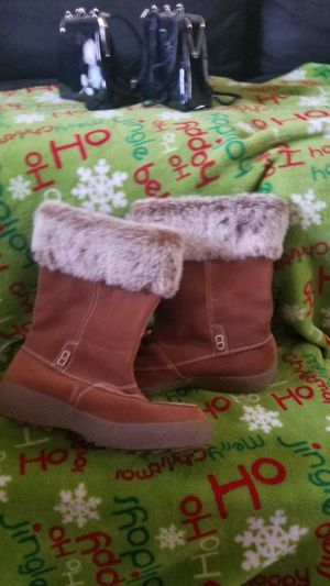 Leather Snow boots for Sale in De Soto, MO