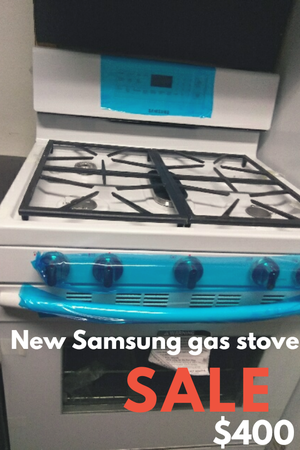 """White new Samsung 30"""" gas stove for Sale in Windsor Hills, CA"""