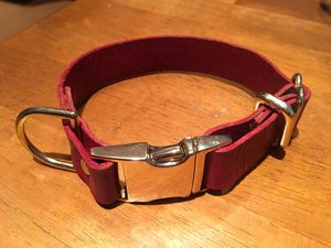 12.5 inch gold and red custom made leather dog collar for Sale in Santa Monica, CA