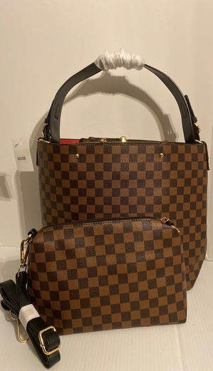 UNBRANDED ALL IN ONE CHECKERED HANDBAG BAG BROWN/ DARK BROWN XL for Sale in St. Louis, MO
