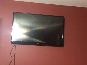 "32"" Inch Sanyo TV ; with wall mount included for Sale in Alexandria, VA"