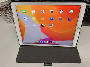 iPad Pro 12.9 128GB for Sale in Starkville, MS