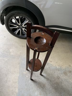 Want sold ASAP - moving sale. Antique vintage Ashtray table — want sold make offer :-) asking 35 it was appraised at 50-65 at a antique dealer for Sale in West Jefferson, OH