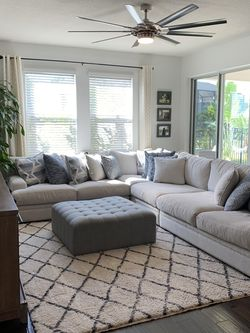 Palm Springs Cindy Crawford Livingroom 4 Piece Sectional with Ottoman for Sale in Riverview,  FL