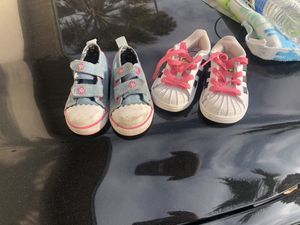 Free baby shoes for Sale in Moreno Valley, CA