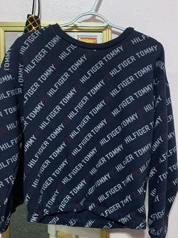 Tommy Hilfiger sweater for Sale in Fresno,  CA