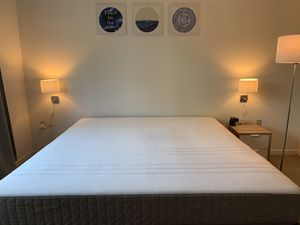 King size bedroom set (Ikea) for Sale in Coraopolis, PA