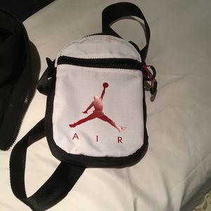 Jordan Festival Side Bag for Sale in Mount Prospect, IL