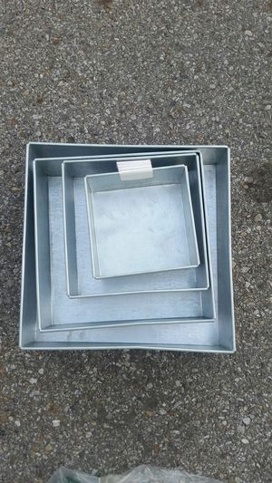 4 tier multiple square layer cake pan for Sale in Columbus, OH