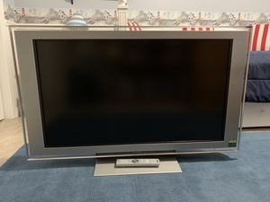 """SONY BRAVIA 46"""" TV for Sale in Encinitas, CA"""