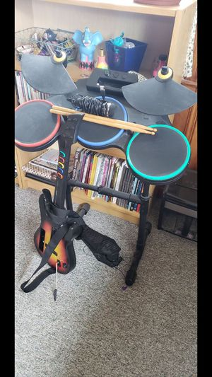 Guitar hero game with 2 guitars, drum set and mic for Sale in Waterbury, CT