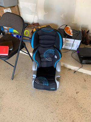 Car seat and iron box for free for Sale in McKinney, TX