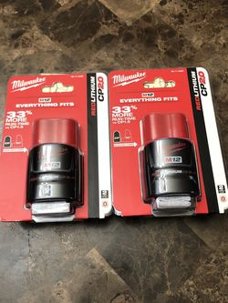 Milwaukee M12 12-Volt Lithium-Ion 2.0 Ah Compact Battery ( 2 ) Pack. for Sale in Happy Valley,  OR