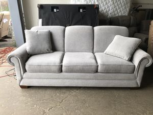 La-Z-Boy Sofa Couch for Sale in Columbus, OH