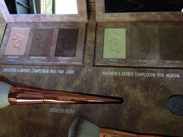 Alamar Brighten & Bronze complexión tríos & brushes