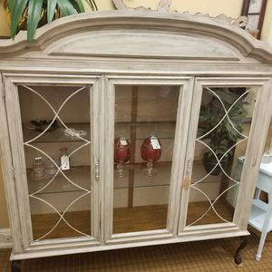 Display Cabinet 58x64hx18 for Sale in Norfolk, VA