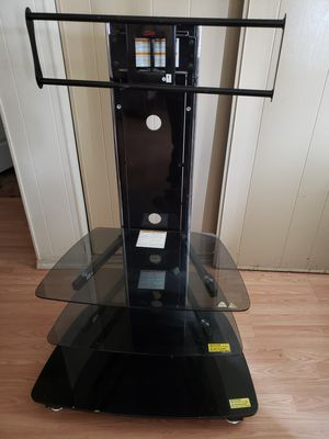 "TV STAND FOR 40"" INCH OR 50 ' INCH TV for Sale in Cornelius, OR"