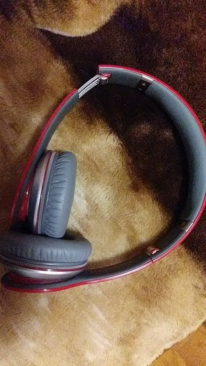 Red edition Beats solo HD for Sale in MONTGOMRY VLG, MD