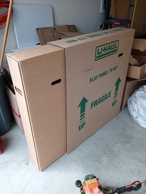 Tv moving box for Sale in Burbank, CA