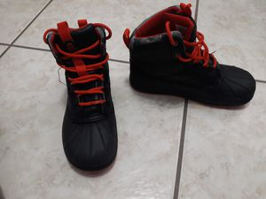 Winter Waterproof boots. Size 2. Kids for Sale in Tampa, FL