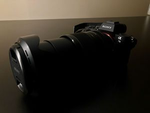 Sony A7II camera with 24-240mm lens. Perfect Condition for Sale in Niles, IL