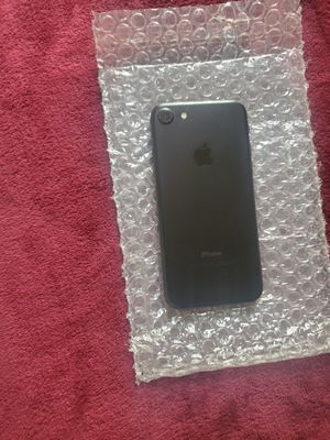 iPhone 7 32gb At&t & Cricket unlocked for Sale in Oakland, CA