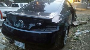 Selling parts 04 infiniti g35 coupe for Sale in Hayward, CA