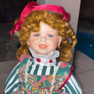 Parcel doll for Sale in Los Angeles, CA