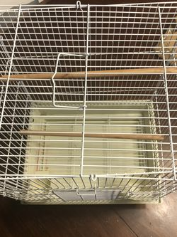 Bird Cage Medium Size for Sale in Forney,  TX