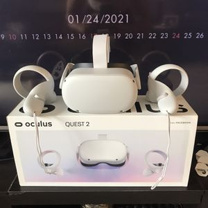 Oculus Quest 2 for Sale in Cranberry Township, PA