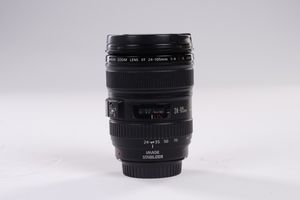 Canon 24-105mm f/4 L IS USM for Sale in San Diego, CA