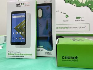 Cricket Icon Phone Bundle for Sale in Holland, MI