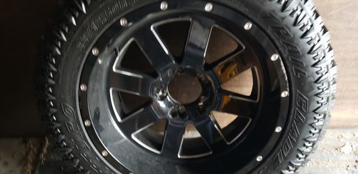 20 inch Toyota rims and tires for Sale in South Holland,  IL