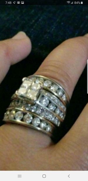 Diamond ring lady 14k sets. for Sale in Kent, WA