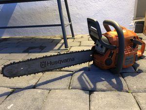 Husqvama 440 chainsaw for sale in great condition! for Sale in Miami, FL