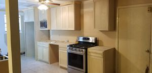 Kitchen cabinets for Sale in Houston, TX