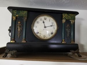 Antique mantle clock the name of it is sessions for Sale in Kernersville, NC