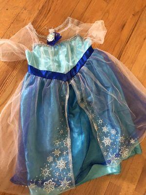 Elsa dress up outfit for Sale in Manassas, VA