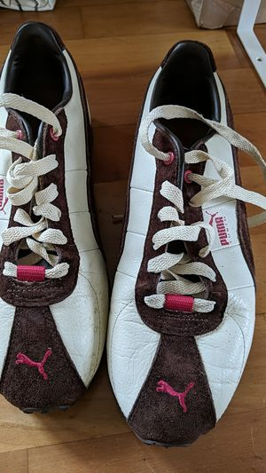 Puma Sneakers - W Size 7 for Sale in San Diego, CA