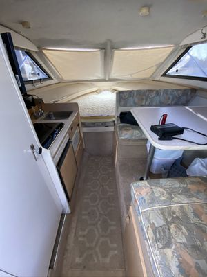 24.5 foot bayliner Ciara 2001 comes with zodiac for Sale in Huntington Beach, CA