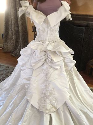 """Vintage Silk Wedding Dress for petite 5'1""""-5'3"""" for Sale in Monrovia, CA"""