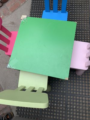 Kids table and 4 chairs for Sale in Alhambra, CA