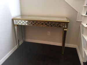 Mirrored Console Table for Sale in Federal Dam, MN