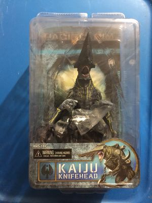 Pacific rim action figure knife head Kaiju Figure neca for Sale, used for sale  Elizabeth, NJ