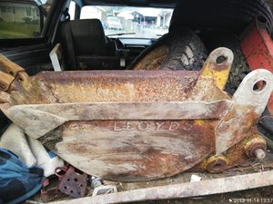 Backhoe bucket need $260 to get truck from impound, for Sale in Tacoma, WA