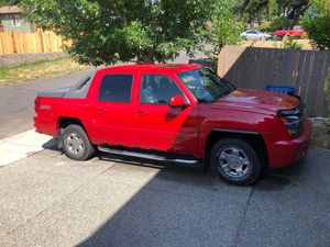 2002 Chevy avalanche for Sale in Auburn, WA