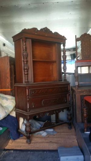 Early 1900 Antique Cabinet for Sale in Billerica, MA