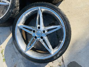 Tire for Sale in Elk Grove, CA