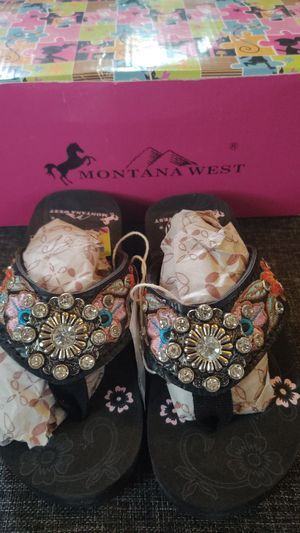 Montana West girls flip-flops for Sale in Arlee, MT